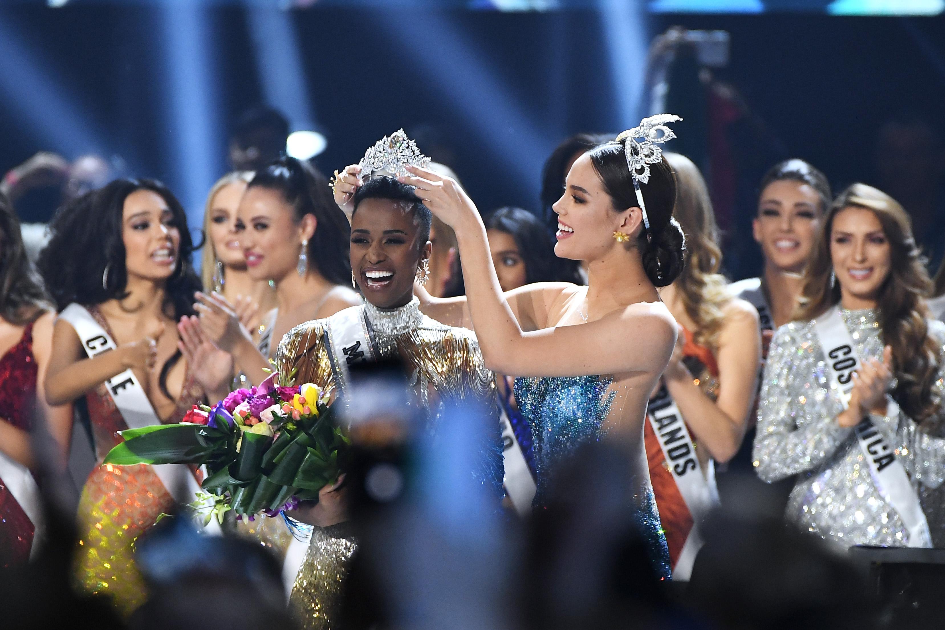 miss universe Zozibini Tunzi crowned