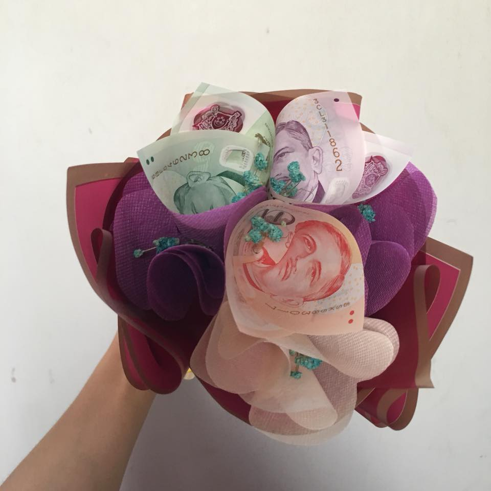 Man Gives Wife S$1,000 Cash Bouquet for Wedding Anniversary