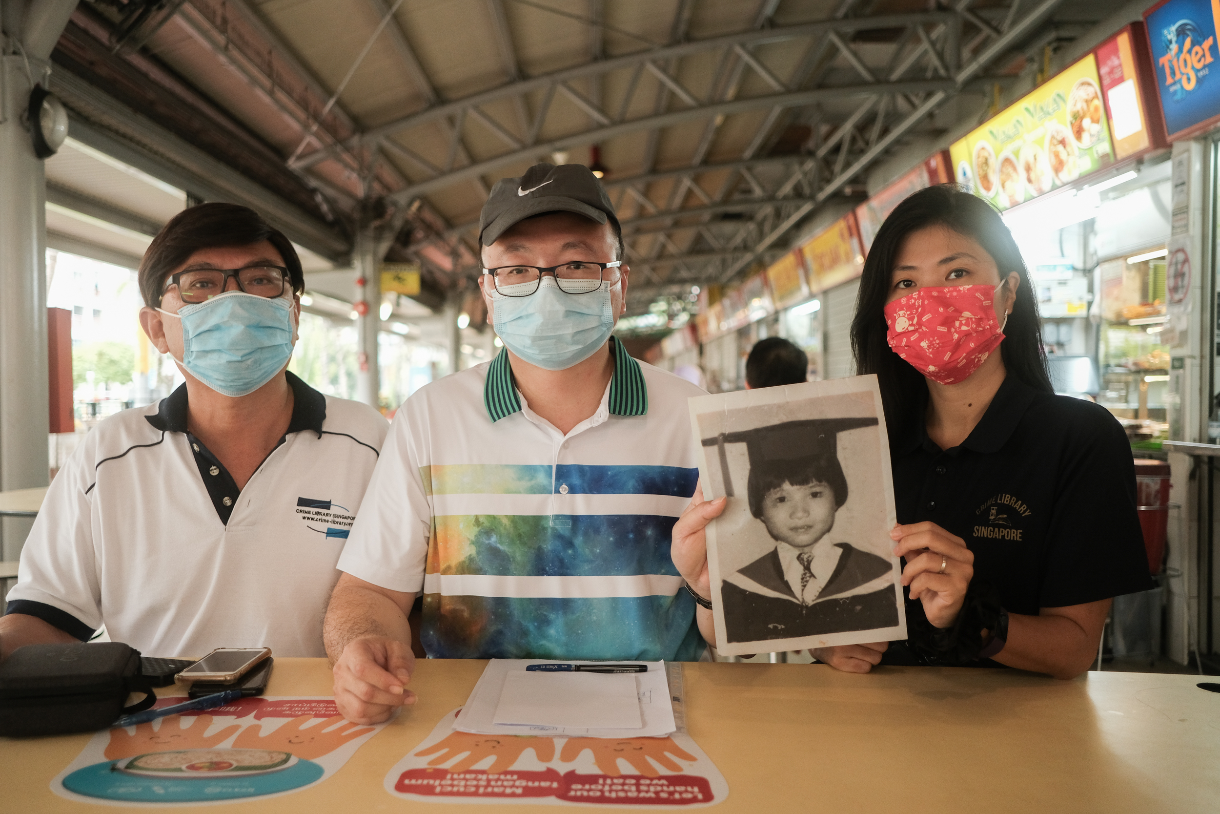 Image of Goh Leng Hai and members of Crime Library Singapore