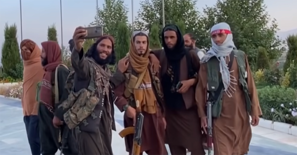 Taliban leader scolds fighters for taking selfies, wearing sunglasses & 'fashionable' clothes